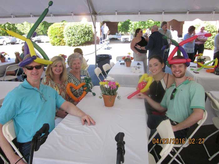 Active senior living at our retirement community's Spring Fling.